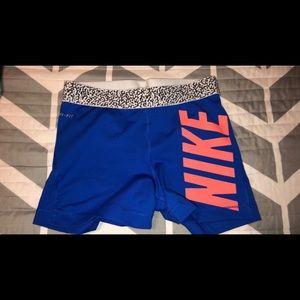 Women's Nike Pro's